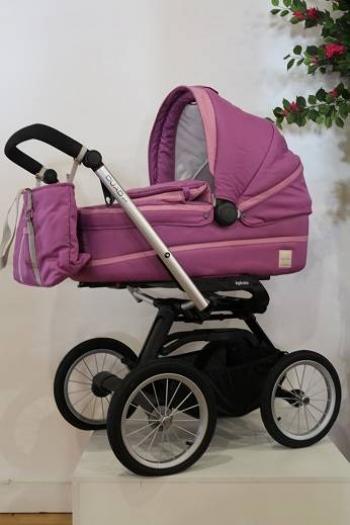 Коляска для новорожденного Inglesina Otutto на шасси Quad XT Black